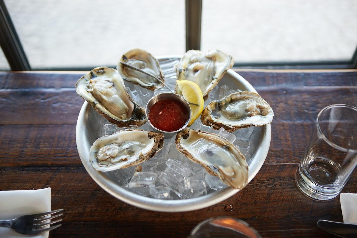 The 5 Best Oyster Restaurants Near Ballard, Seattle